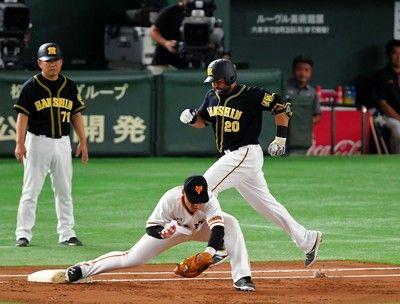 虎党初回からため息…3連敗中の阪神満塁チャンスもロサリオがゲッツー