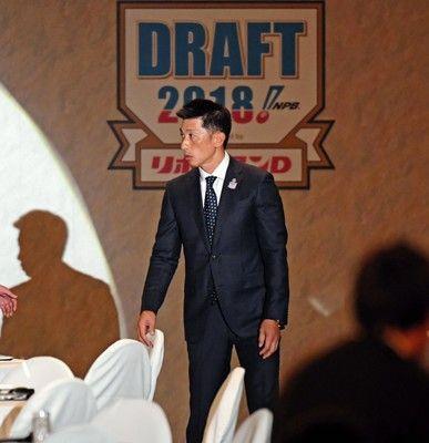 阪神は近本光司外野手を1位指名矢野監督「赤星を一回り大きくしたようなイメージ」