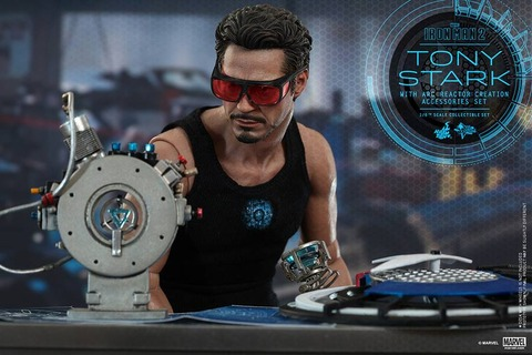 Iron-Man-2-Tony-Star-ARC-Reactor-Set-002