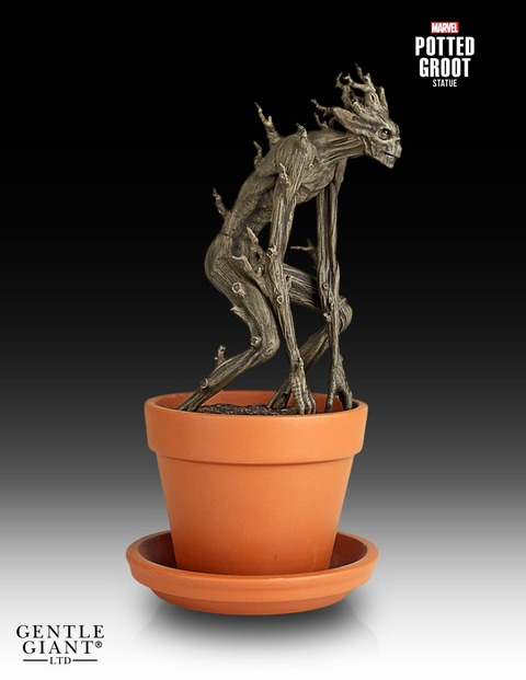 Gentle-Giant-Potted-Groot-Statue-002