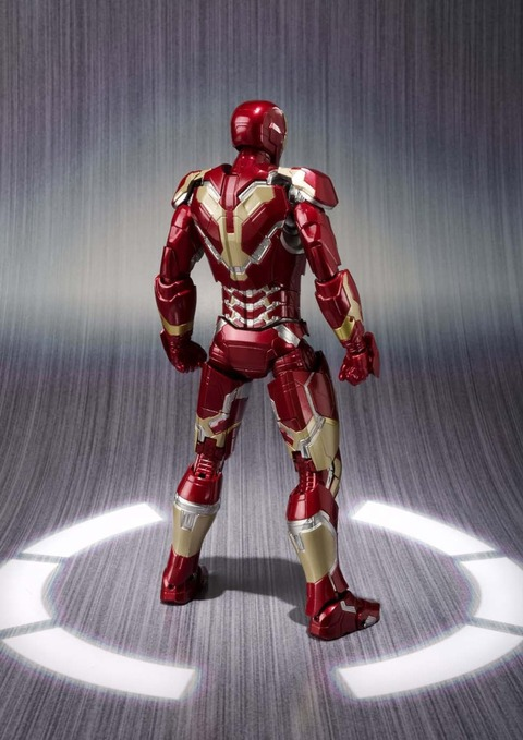 Avengers-Age-of-Ultron-Iron-Man-Mark-43-SH-Figuarts-002
