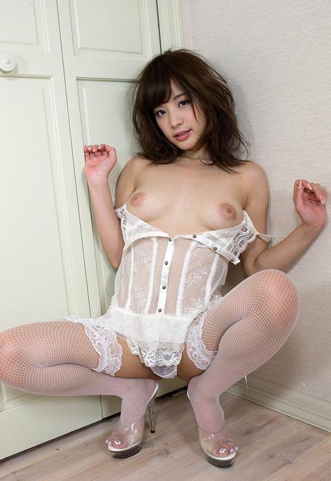 kana-momonogi-1