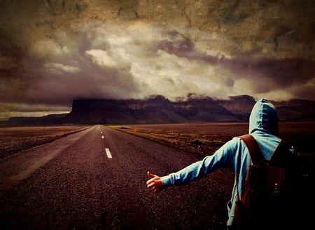 一人旅で怖い目に遭った人