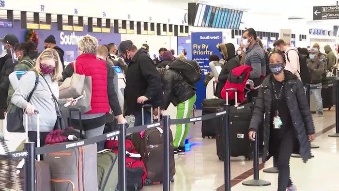 christmas-eve-travel-atlanta-airport-super-169