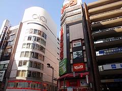 ビックカメラ新宿東口店