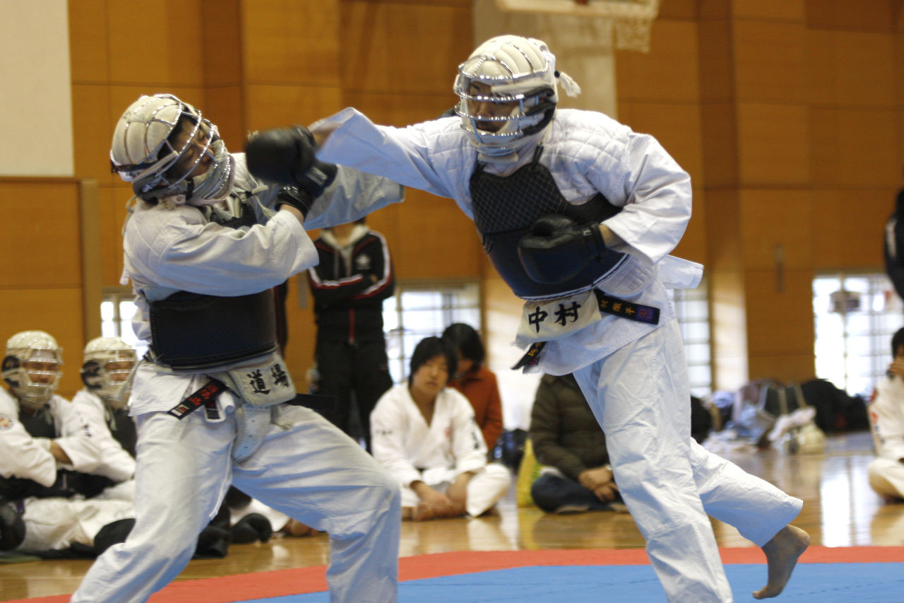 日本拳法 修猷塾のブログ : 2012年01月13日