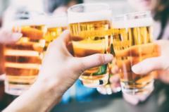 お祝いなどで「乾杯」する風習はいつごろから始まったのか?