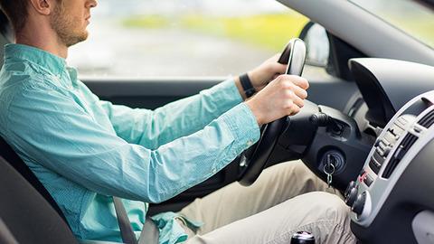 stiff-neck-driving-prevention