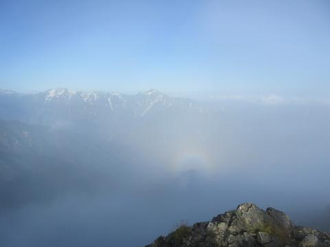 IMG_5017山頂から見るブロッケン現象