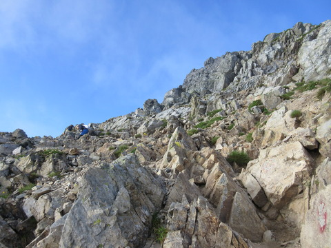 IMG_5009山頂手前の岩場