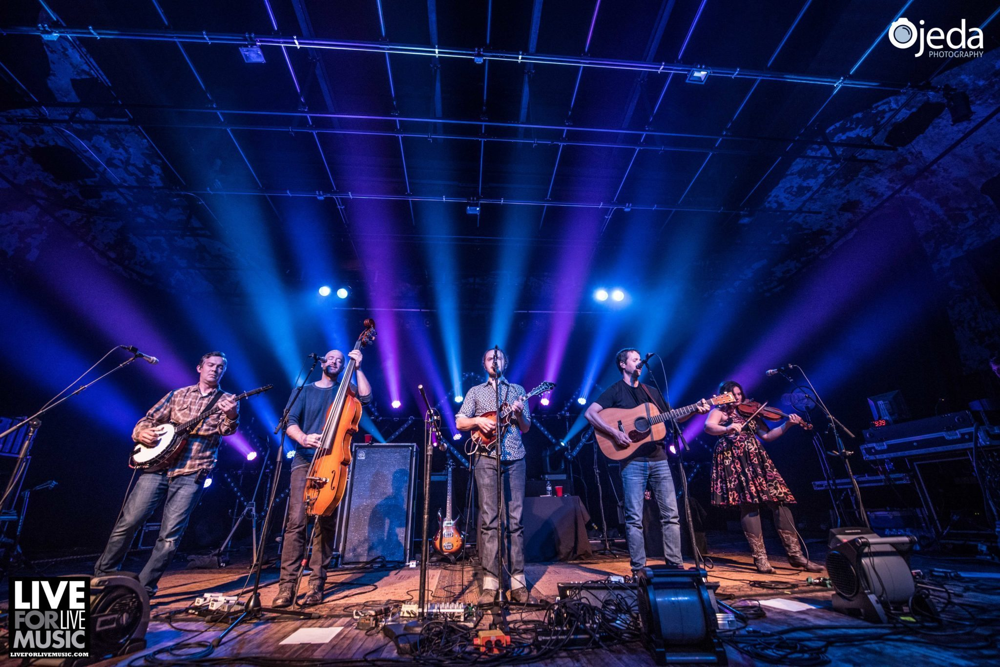 Yonder Mountain String Band Covers The Dead, Stones & More