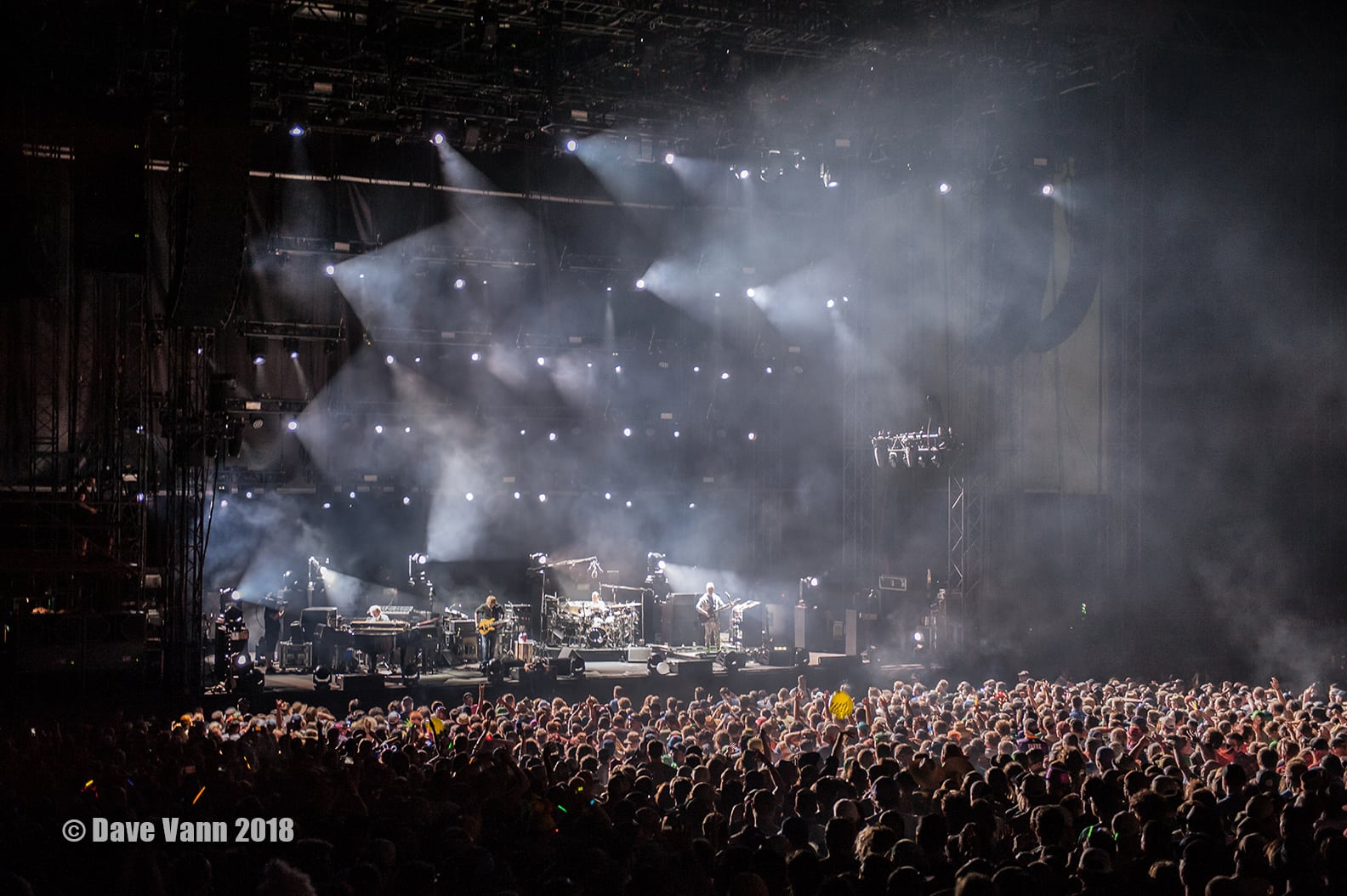 Phish Debuts Infinite Amp Keeps It Funky At Night 2 Of The
