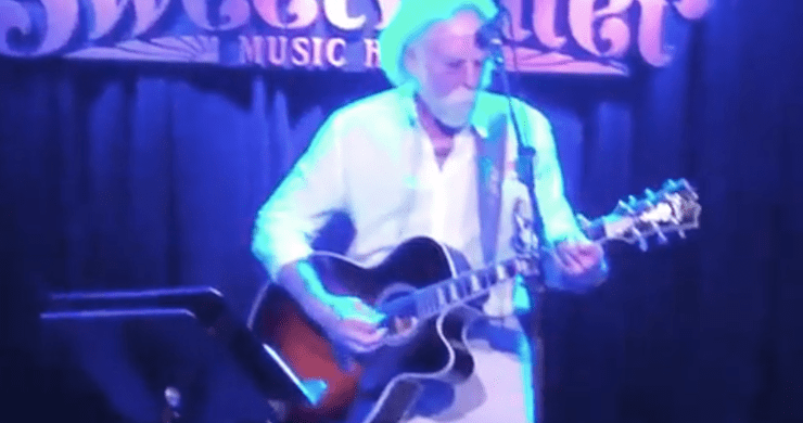 Bob Weir Pays Tribute To Robert Hunter With Sweetwater Music Hall Performance [Video]