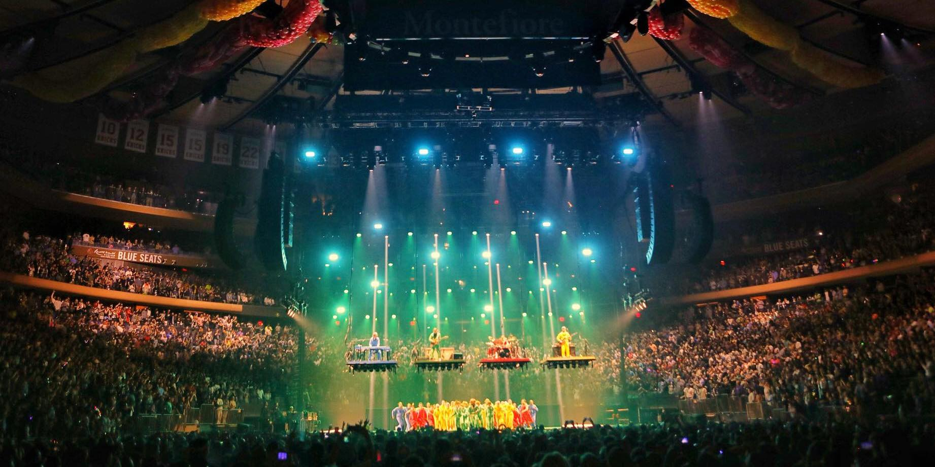 """Phish Shares Pro-Shot Video Of """"Tweezer Reprise"""" From New Year's Eve At Madison Square Garden [Watch]"""