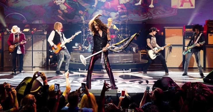 Aerosmith, Aerosmith Joey Kramer, Aerosmith Joey Kramer onstage, Aerosmith MusiCares, Aerosmith lawsuit, Joey Kramer lawsuit