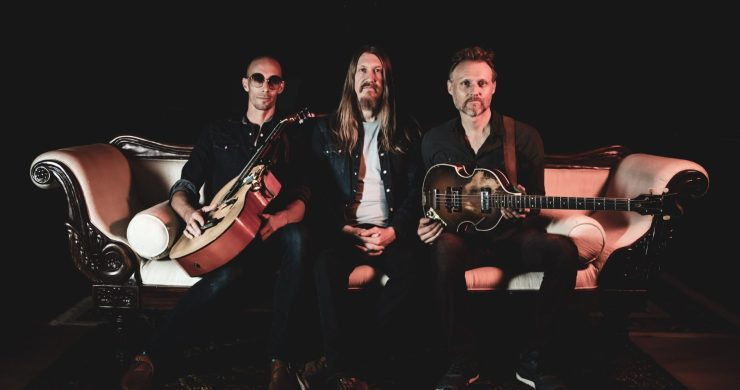 """The One I Love"", The Wood Brothers, The Wood Brothers ""The One i Love"", The Wood Brothers New Single, Kingdom In My Mind, The Wood brothers tour"