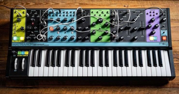Moog Korg free apps, moog synthesizer, korg synthesizer, free moog synthesizer, free korg synthesizer, moog music, moog, korg