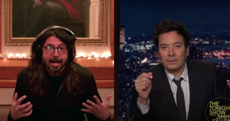 foo fighters fallon, foo fighters tonight show, foo fighters medicine at midnight, foo fighters waiting on a war, dave grohl jimmy fallon, dave grohl david bowie, david bowie, dave grohl, dave grohl interview