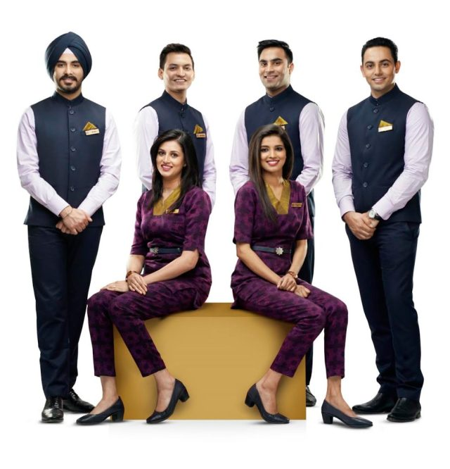 vistara gets male cabin crew on flights - live from a lounge