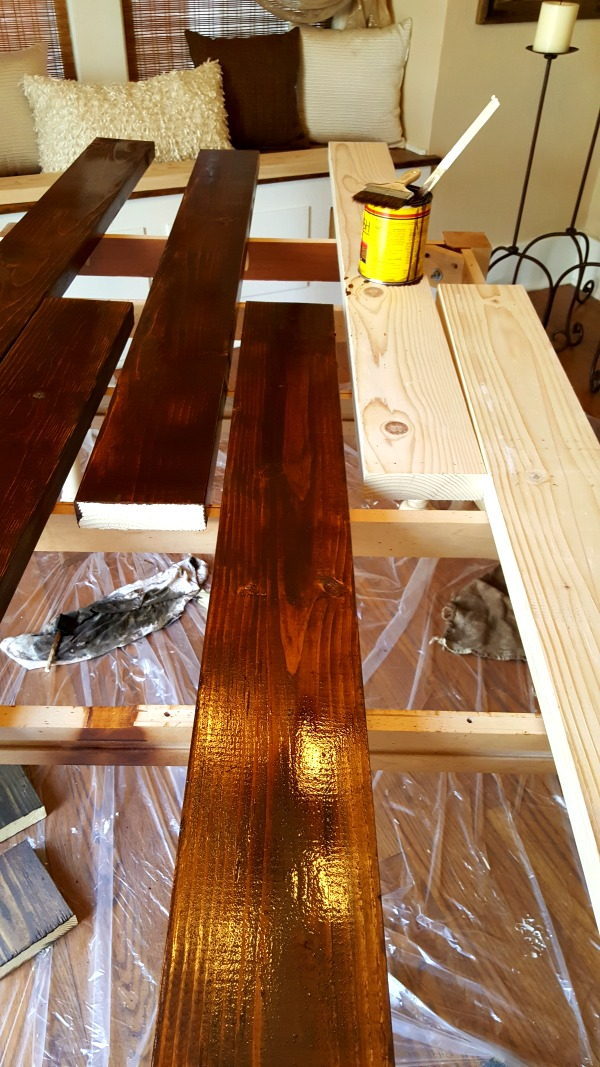 DIY Farmhouse plank table