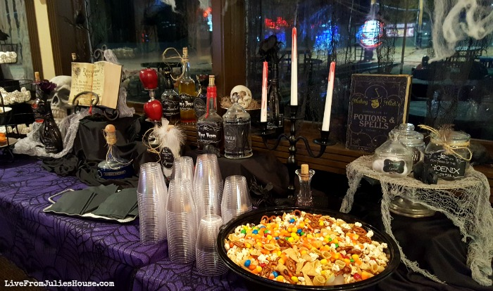 "Halloween Decor on the Cheap: It's Party Time! It's time to put all my budget friendly, DIY, ""Halloween Decor on the Cheap"" projects on display - it's party time! What do you think of the final result?"