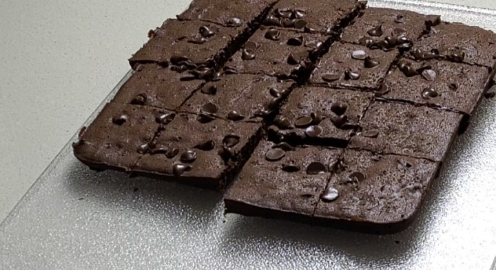 cut brownie pieces