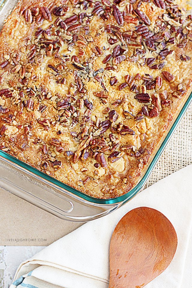 An amazing pumpkin recipe that will NOT last long -- Pumpkin Dump Cake. It's sure to be a real crowd pleaser. livelaughrowe.com