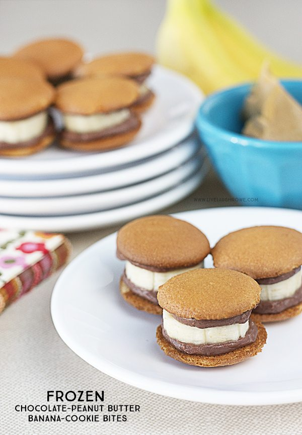A delicious frozen treat coming right up! Frozen Chocolate-Peanut Butter Banana-Cookie Bites. Weight Watchers friendly too, coming in at only 2 points per serving. Recipe at livelaughrowe.com