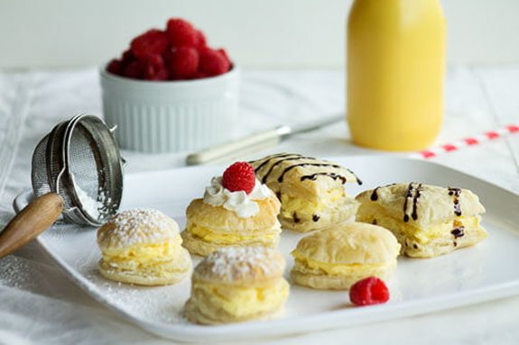 Easy Cream Puffs by All that's Jas