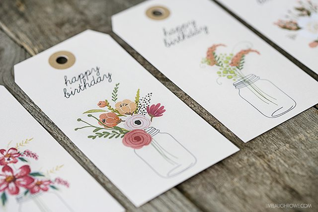 Printable Birthday Gift Tags with a floral design. Adorable!