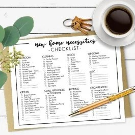 Moving into your first home or apartment? Buying a new home? This printable New Home Necessities Checklist is pretty handy. Print yours at livelaughrowe.com