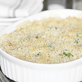 Looking for a delicious cauliflower recipe? This is one that the whole family will love -- Cauliflower Chicken Alfredo Casserole. It's AMAZING! Recipe at livelaughrowe.com