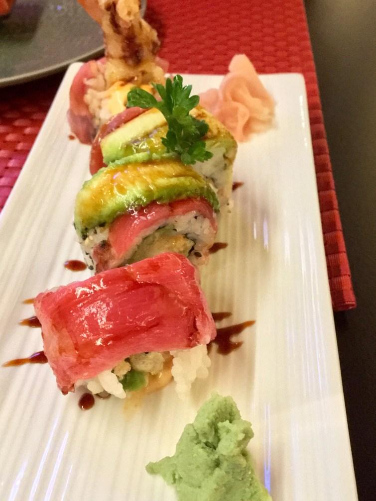 Maki with tuna and shrimps