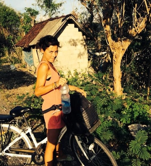 Perama, Sandy Beach, rum, Jibaku Bar, Black Moon Party, Bintang, Mushroom Bay, Nusa Ceningan, Mangrove forest, Bunga Bungalow, Ketut Losmen Bungalows, Nusa Lembongan, seaweed farms, Bali, Indonesia, Lonely Planet, surfing,