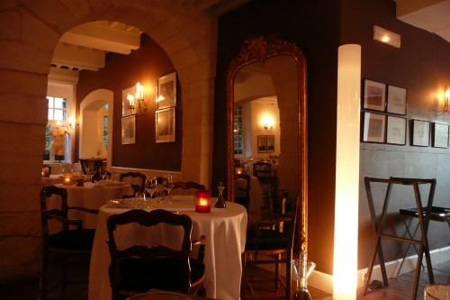 Le Prieuré, Michelin, Michelin restaurant Avignon, Michelin star Avignon, Michelin star restaurant Avignon, Avignon, foie gras, edible gold leaf, amuse bouche, gazpacho, canapes, chocolate & mango