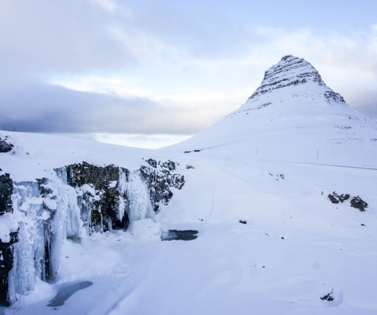 Winter is one of my favorite times in Iceland, and there are a lot of benefits to visiting at this time of year! Check out these gorgeous winter photos of Snaefellsnes Peninsula | Life With a View