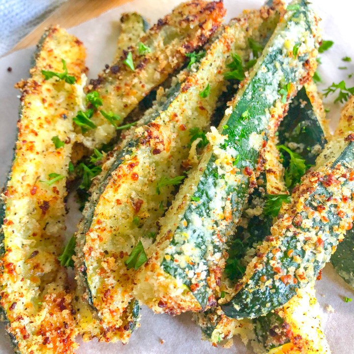 Cheesy Baked Zucchini Fries