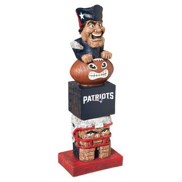 NE Patriots mascot statue