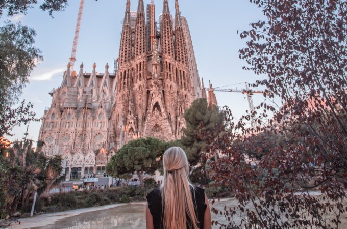 If you go to Barcelona, you can't miss Sagrada Familia and this park across the street. Make sure to get tickets early to see the incredible interior. Sunrise and sunset are best to see the perfect lighting inside. See the perfect itinerary for 3 days in Barcelona!