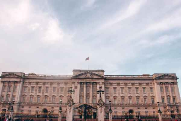 著名的圣乔治和著名的圣景山酒店的一晚。去伦敦伦敦的地方,如果有一天,能去参观酒店,去找地方,看看。