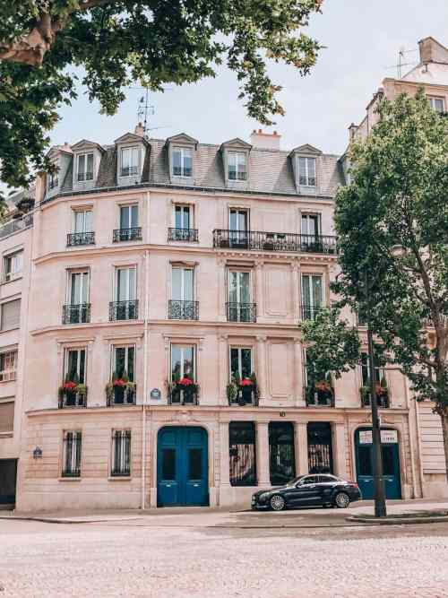 One of many beautiful buildings in Paris. Find the best photo spots in Paris in this guide to visiting Paris at New Year's.