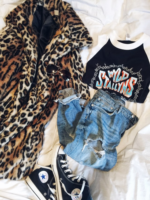Animal print coat, custom tee, boyfriend jeans, converse, and ray bans  #livelovesara