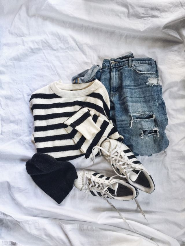 Striped sweater, boyfriend jeans, Adidas beanie