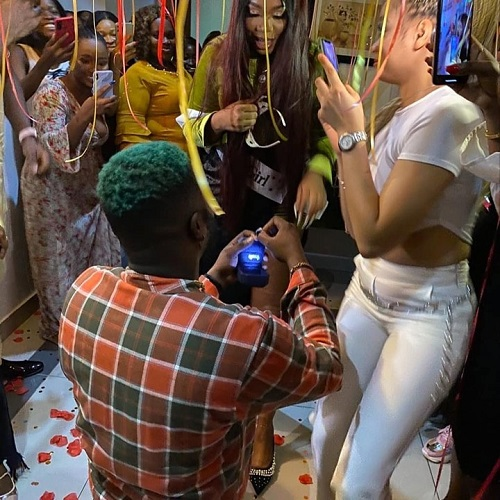 """""""She said YES"""" – Singer Skales proposes to his girlfriend (video)"""