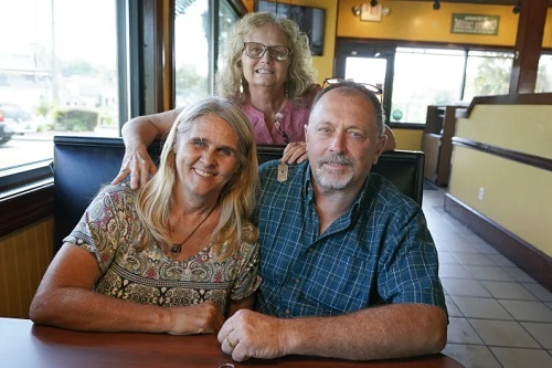 Woman donates kidney to hubby's ex-wife days after wedding