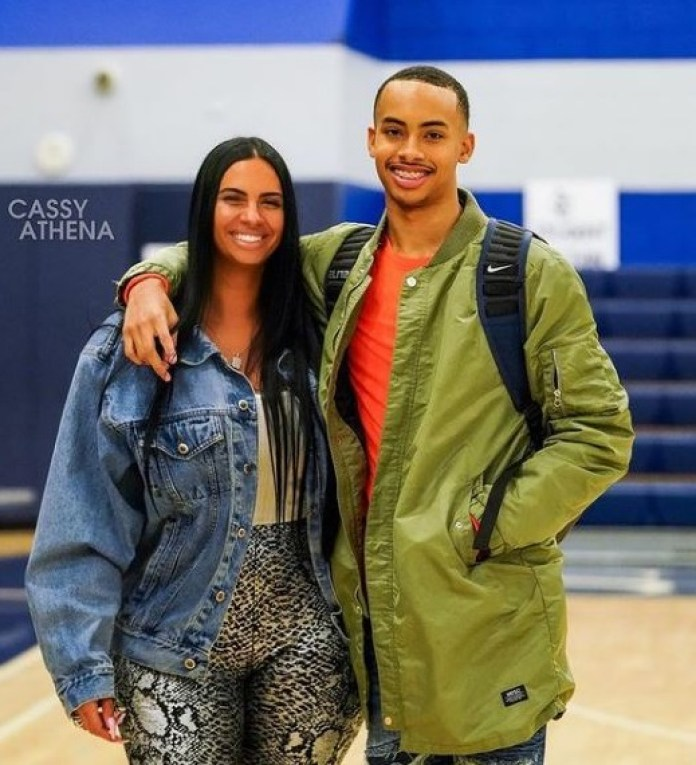 Twitter erupts as Drake rents out whole stadium for date with basketball player Amari Bailey's mom, Johanna Leia (photos)