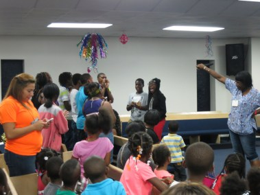 VBS _ Youth Explosion 2014 (13)