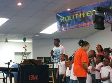 VBS _ Youth Explosion 2014 (45)