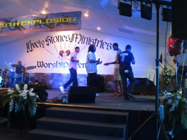 VBS _ Youth Explosion 2014 (83)