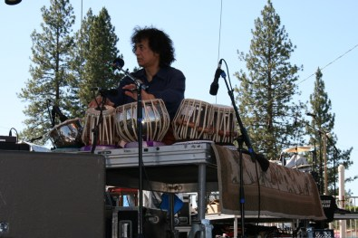 Bela Fleck, Zakir Hussain and Edgar Meyer @ High Sierra 2010